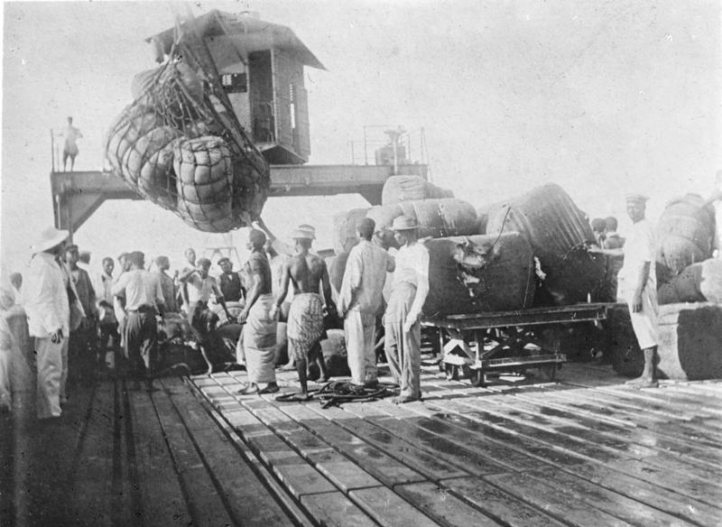 Cotton is loaded onto a ship in the German colony of Togoland, 1885