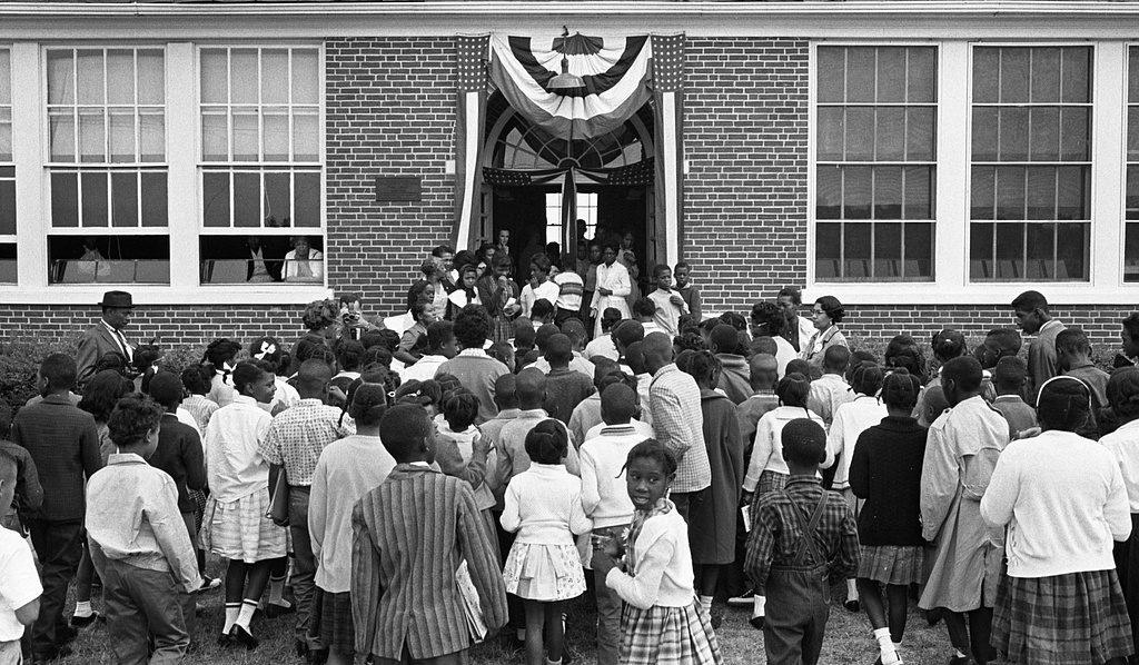 African American schoolchildren entering the Mary E. Branch School, Farmville, Virginia, 1963. Photo by Thomas O'Halloran. Source: Library of Congress.