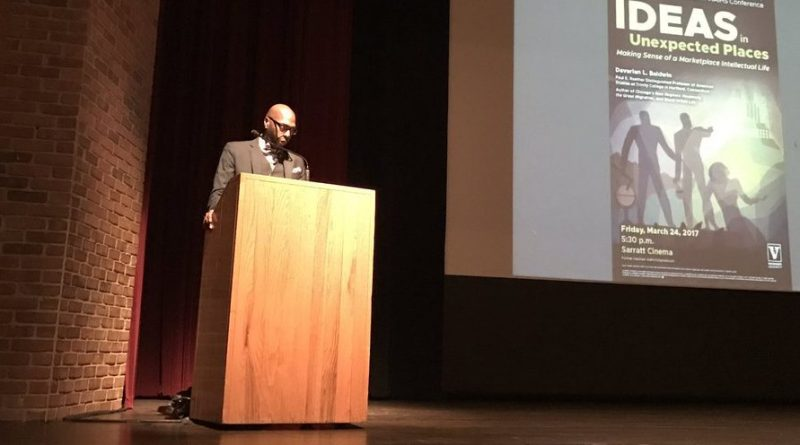 Davarian Baldwins keynote address et AAIHS 2017. Photo: Brandon Byrd/Twitter.