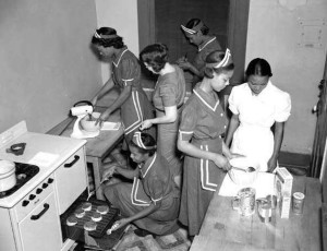 Domestic Workers in 1930s (Lousiana)