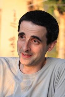 Alex Borucki headshot
