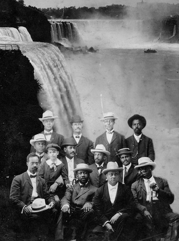 W.E.B. Du Bois and the founders of the Niagara Movement (Source: Library of Congress)