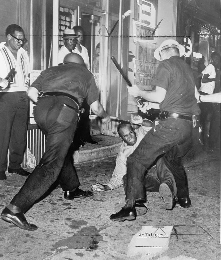 Incident at 133rd Street and Seventh Avenue during the Harlem Riots of 1964. Photo by Dick DeMarsico, New York World Telegraph & Sun. Source: Library of Congress.
