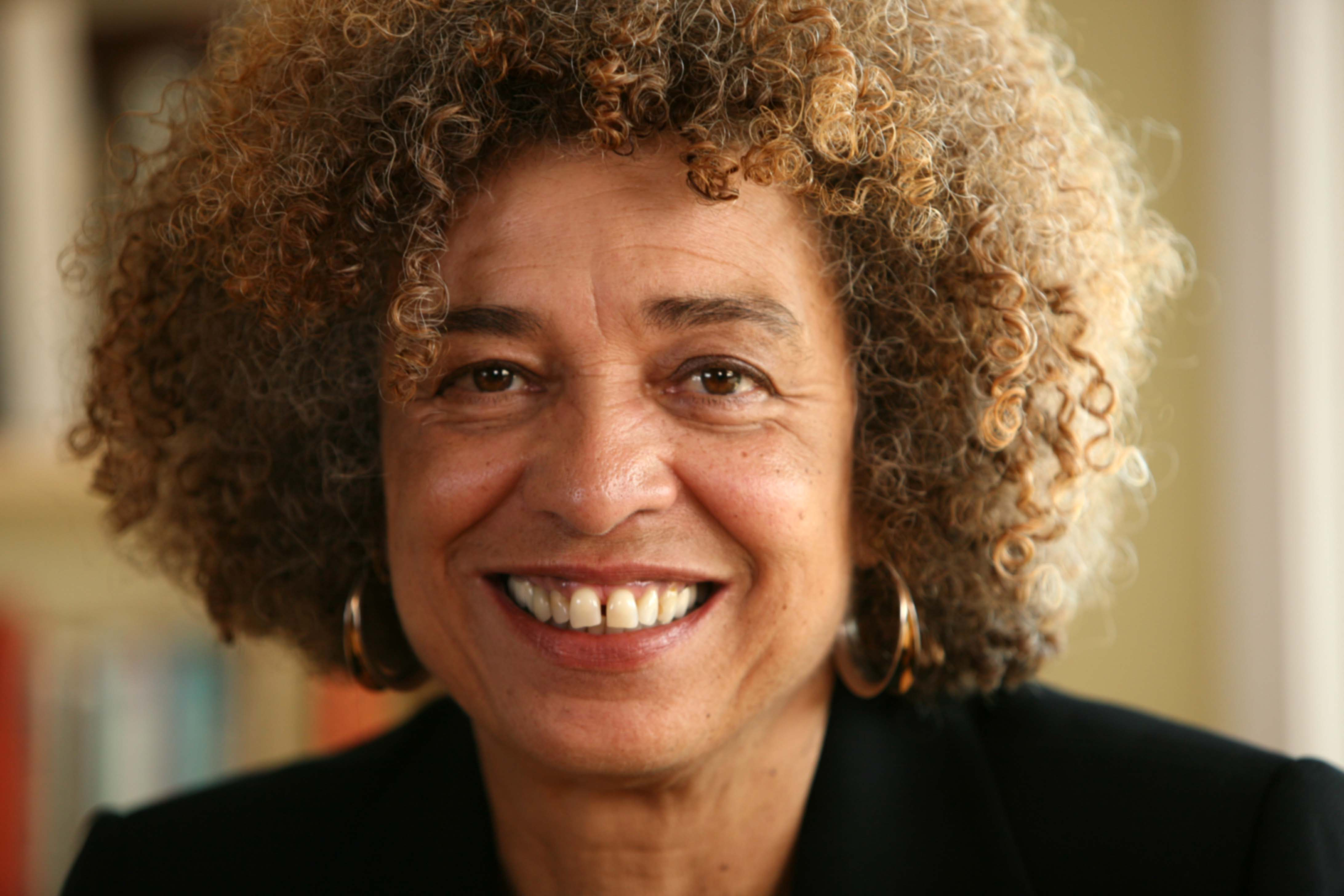 Angela Davis and the Black Radical Tradition in the Era of Black Lives Matter