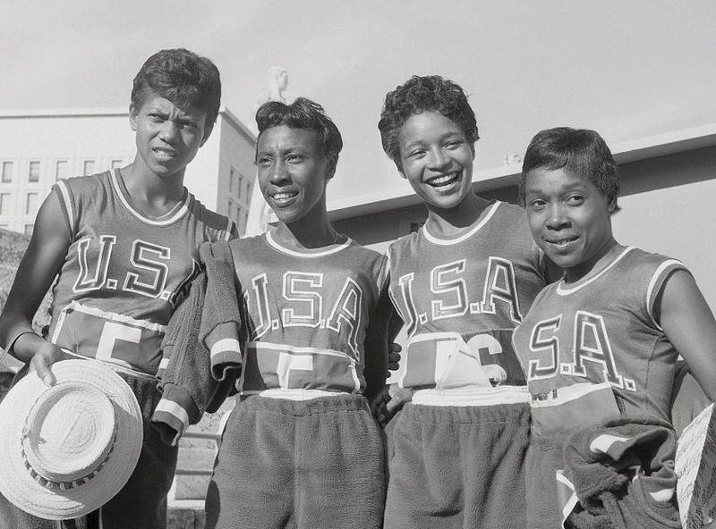 Wilma Rudolph, Lucinda Williams, Barbara Jones, and Martha Hudson at the Rome Olympics. Source: Wikipedia Commons.
