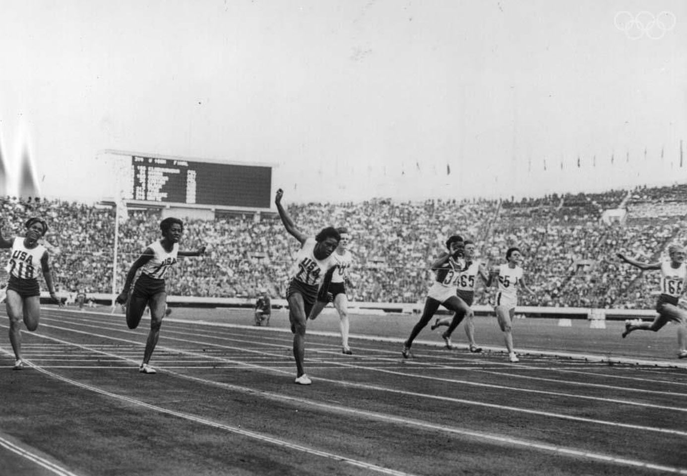 Wyomia Tyus in the Women's 100-meter. Source: www.olympic.org.