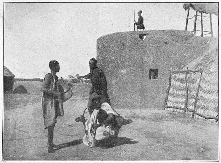 Four Men from Niger in 1902, Mon roman au Niger; roman d'aventures. Illustre par la photographie d'apres nature Collection (Schomburg Center Jean Blackwell Hutson Research and Reference Division)