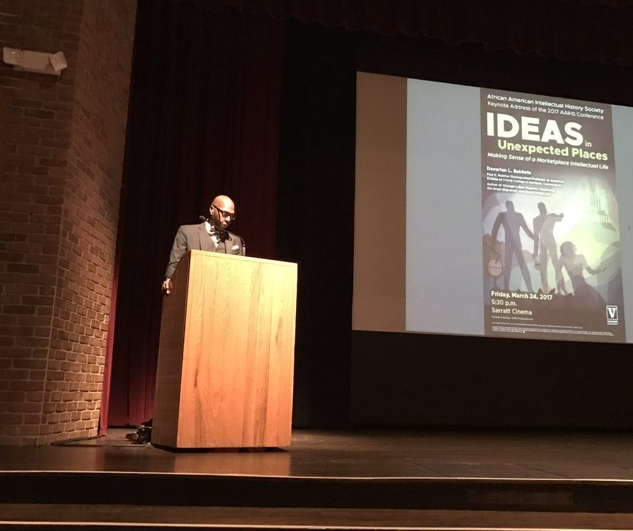 Davarian Baldwins keynote address et AAIHS 2017. Photo: Brandon Byrd/Twitter.