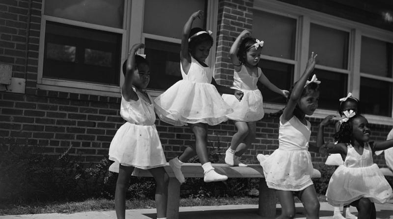 Anacostia, D.C. Frederick Douglass housing project. A dance group. Washington D.C, 1942. Photo: Gordon Parks, Library of Congress
