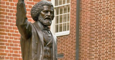 Frederick Douglass and the Periodization of Reconstruction